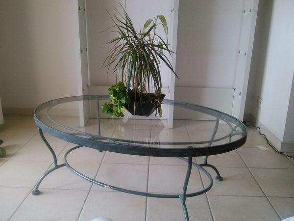 Achetez table basse en verre occasion annonce vente cannes la bocca 06 wb150198839 for Table basse fer forge et verre