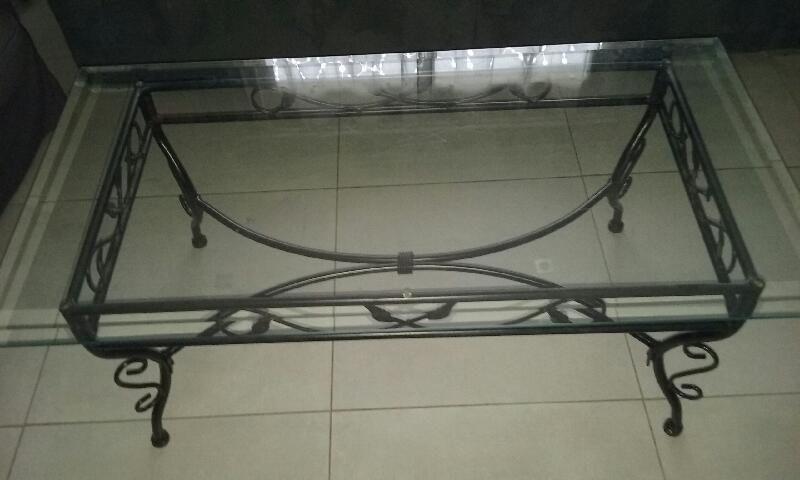 Table basse verre et fer forgé 25 Leudeville (91)