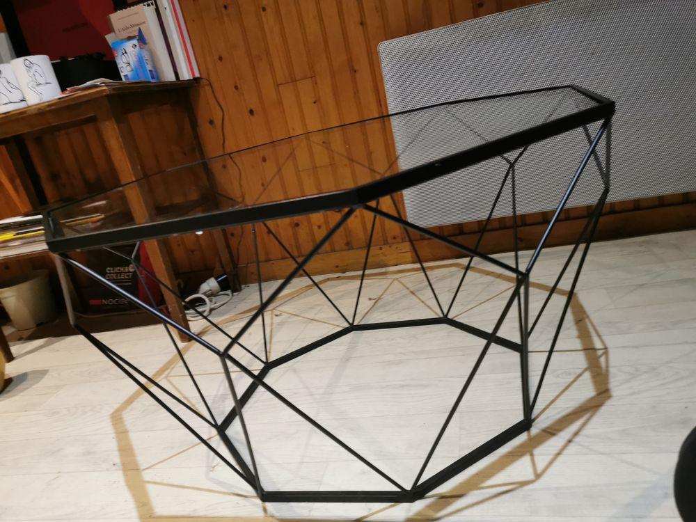 Table basse en verre trempé métal noir  Blossom   1 Rouen (76)