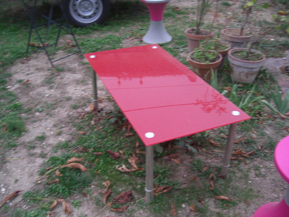 table basse verre rouge 11 Allauch (13)