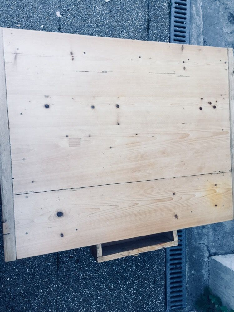 table basse  60 Montreuil (93)