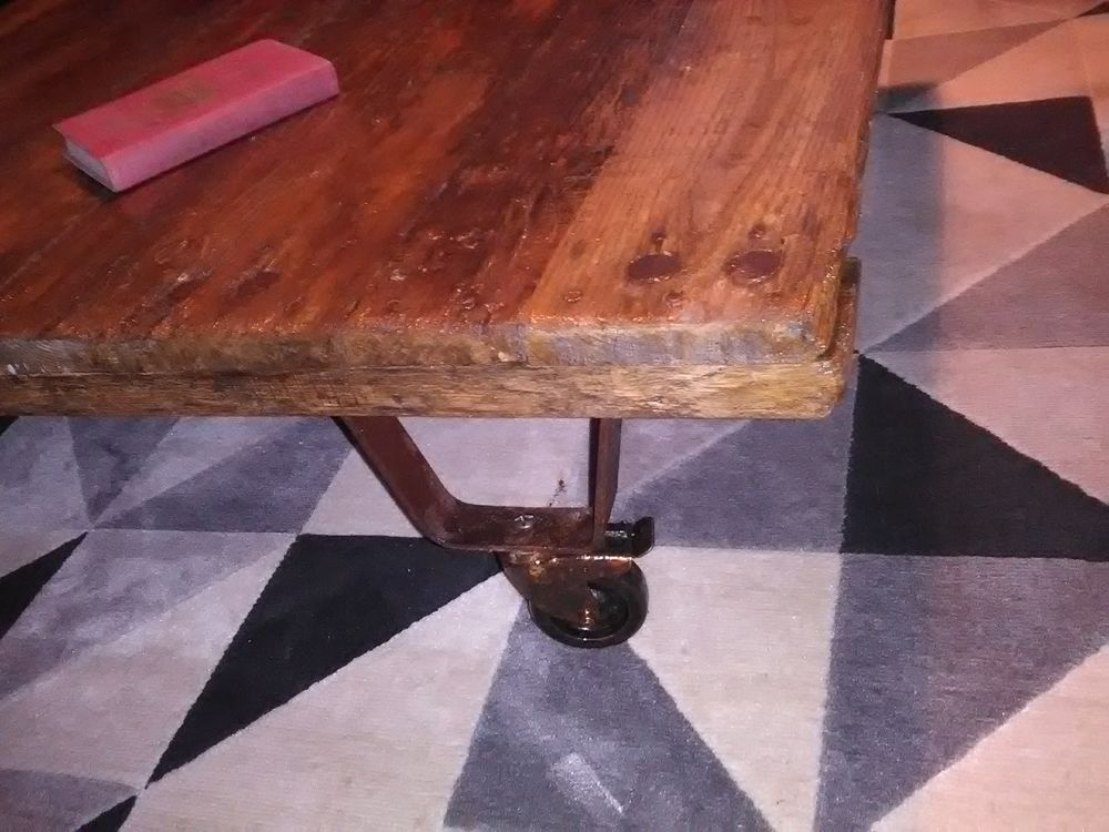 Table basse 220 Taissy (51)
