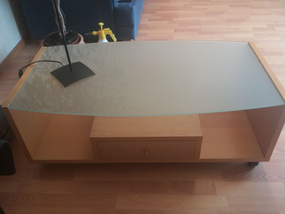 Table basse 40 Avrainville (91)