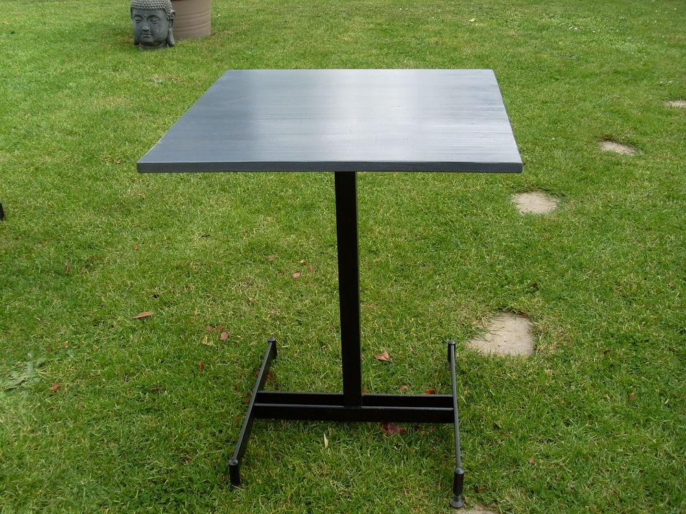 table bistrot  20 Tillières-sur-Avre (27)