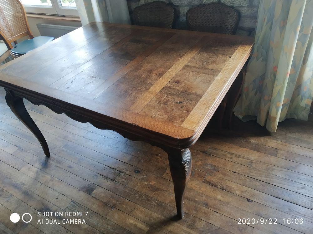 Table en bois  ancienne  19e   320 Lesconil (29)