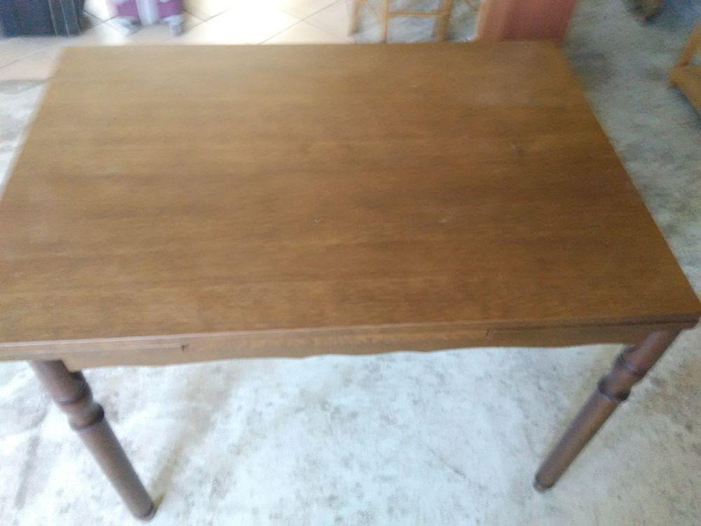 Table en bois avec rallonge 25 Perrecy-les-Forges (71)