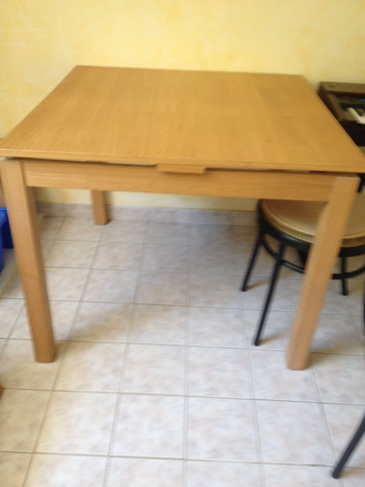 table bois + 4 chaises bistrot 110 Mennecy (91)