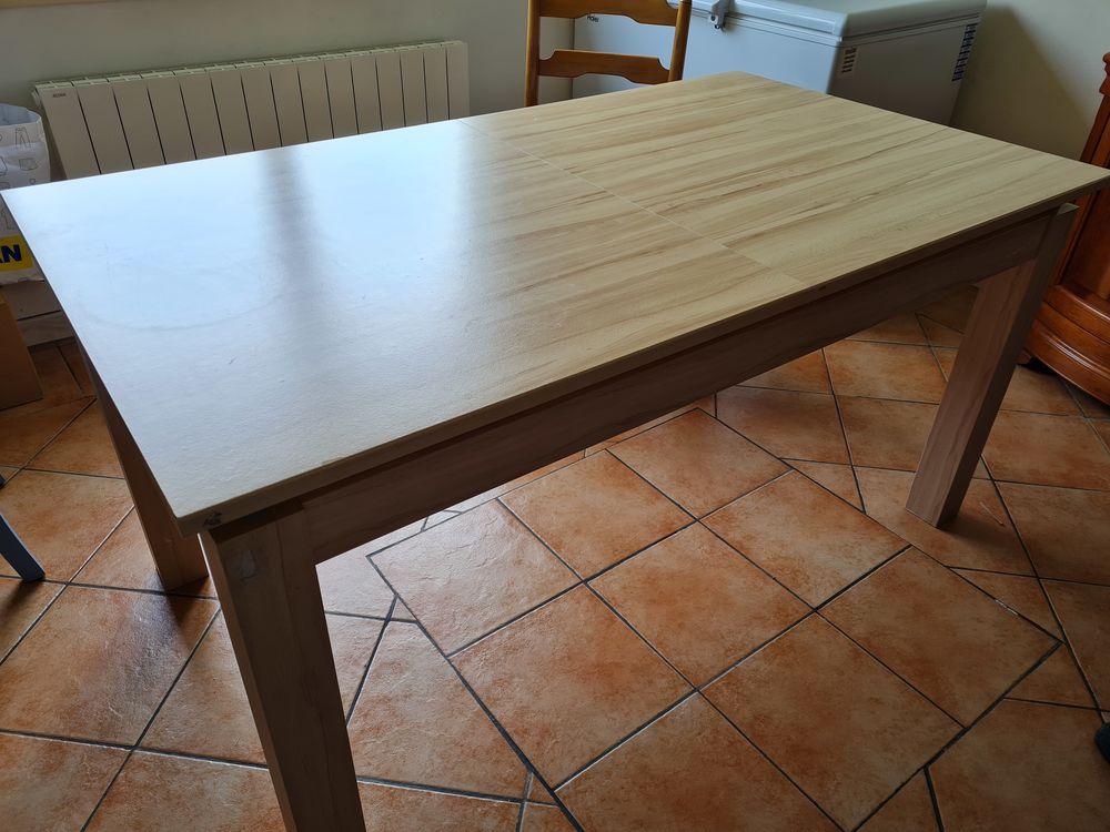 TABLE BOIS CLAIR AVEC RALLONGE EN VERRE + 4 CHAISES 80 Sainte-Marguerite-sur-Duclair (76)