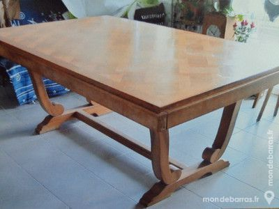 TABLE EN BOIS MASSIF, marquetée - TRES BON ETAT 230 Cran-Gevrier (74)