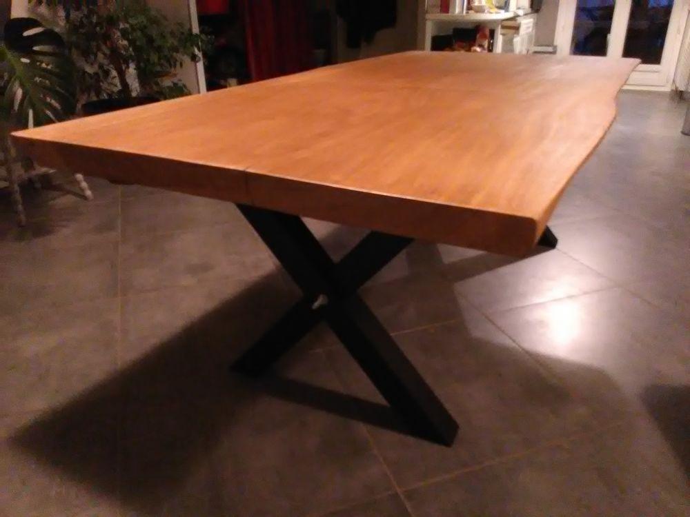 Table Bois Massif Pied Metal En X