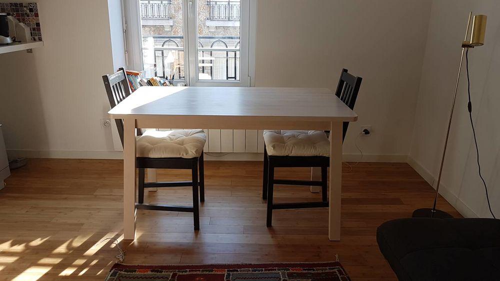 Table en bois massif + 2 chaises 110 Reims (51)