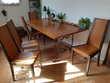 Table bois pieds fer forgé et 5 chaises en cadeau Meubles