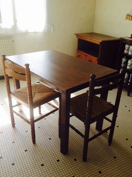 Table en bois rectangle + 2 chaises  45 Gradignan (33)