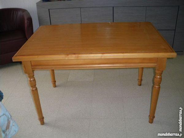 TABLE BOIS 40 Vannes (56)