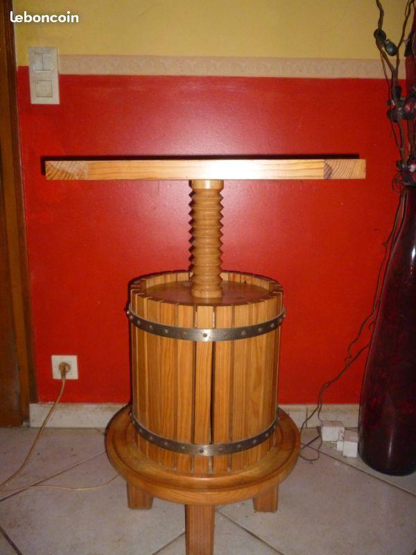 Table de bar en bois 150 Saint-Martin-d'Oney (40)