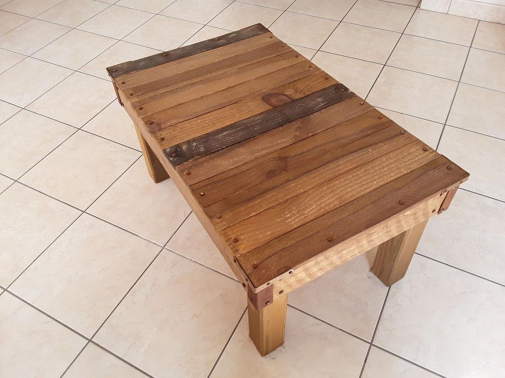 Table en bois  50 Lannion (22)