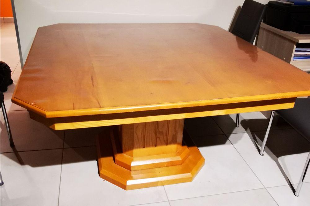 Table en bois  0 Saint-Romain-d'Ay (07)