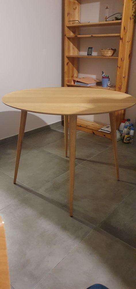 Table en bois 130 Aix-les-Bains (73)