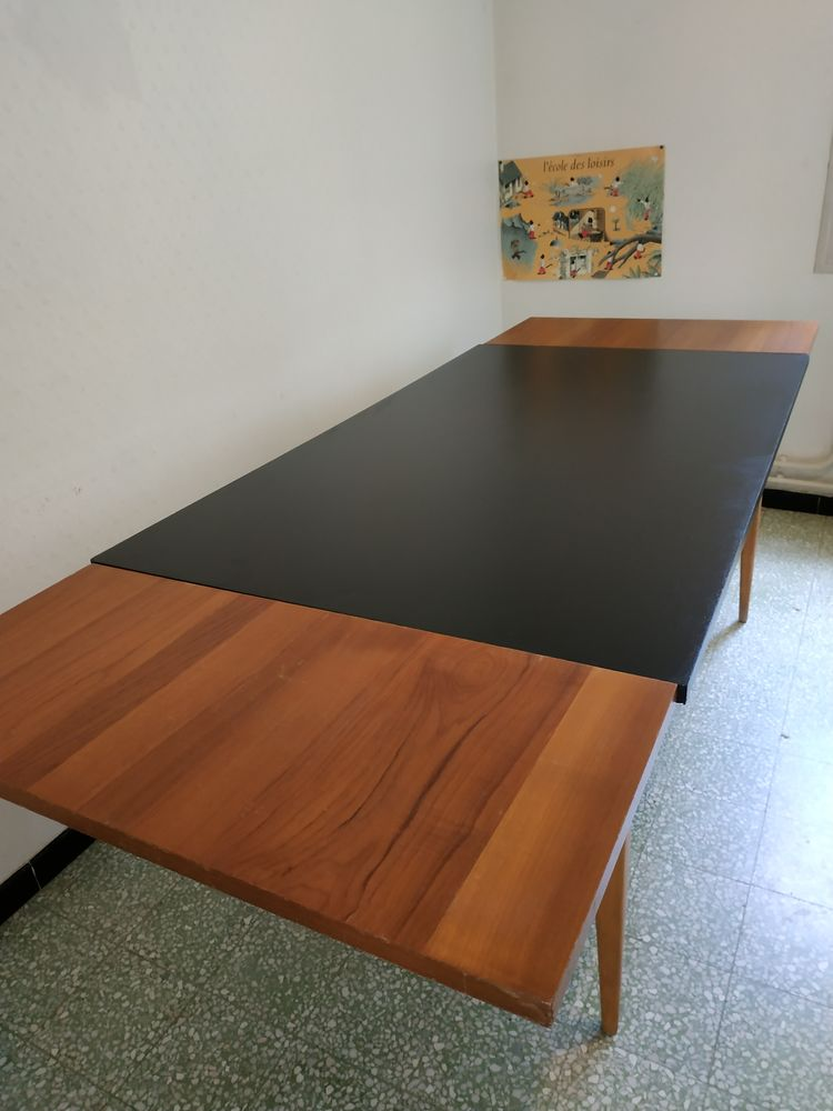 Table, bureau 80 Nyons (26)