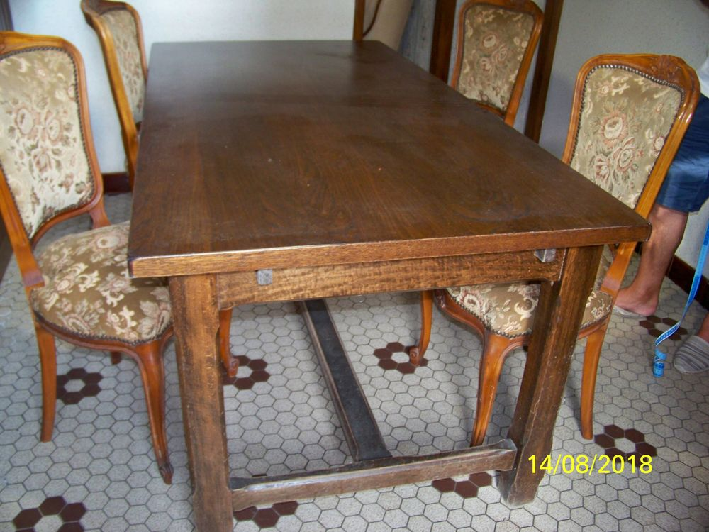 TABLE DE CAMPAGNE 150 Montembœuf (16)