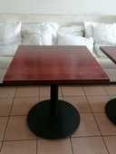 table carré 300 Sète (34)