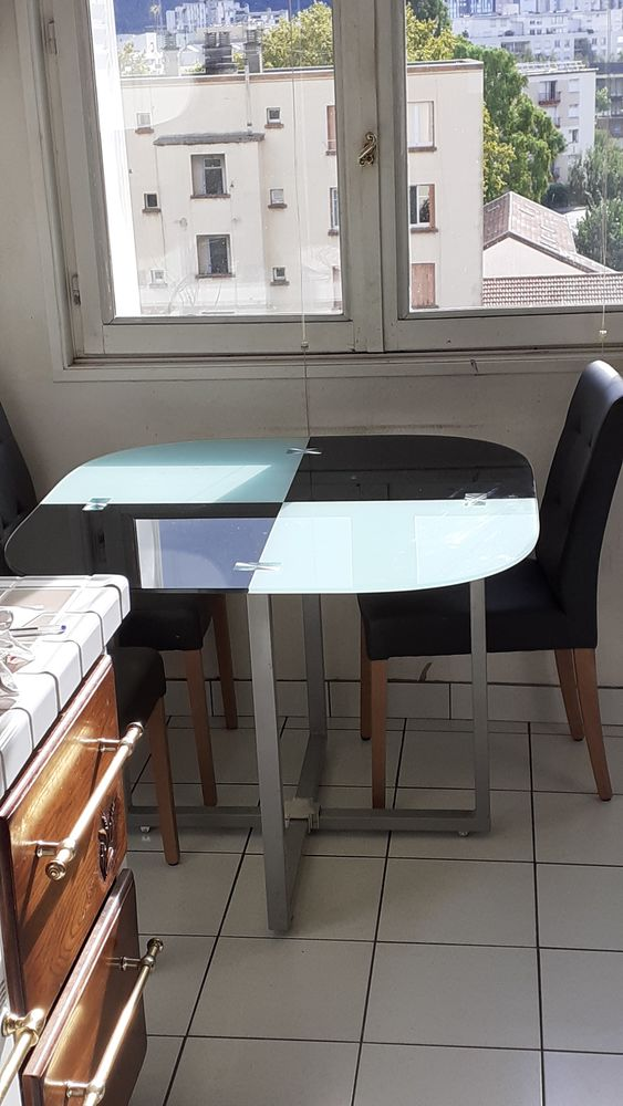 TABLE CARREE 50 Grenoble (38)