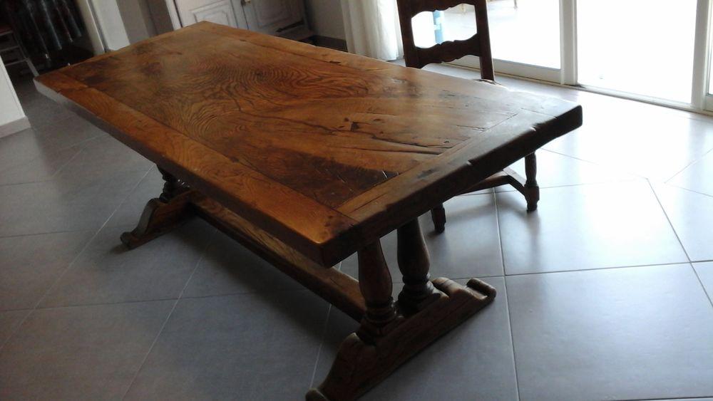 table en chaine 350 Fréjus (83)