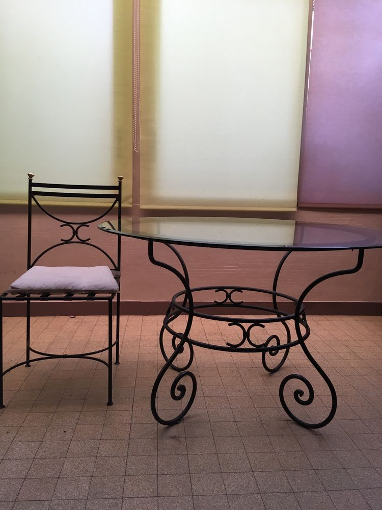 Chaise Fer Forge Salle A Manger.Table Et Chaise De Salle A Manger En Fer Forge