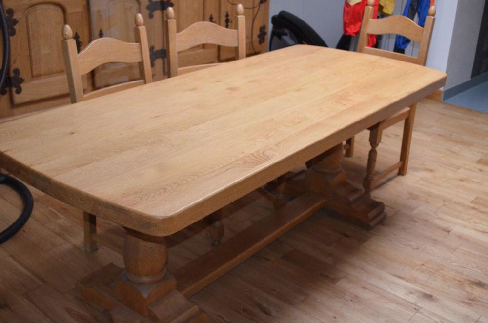 table et chaise 200 Armentières (59)