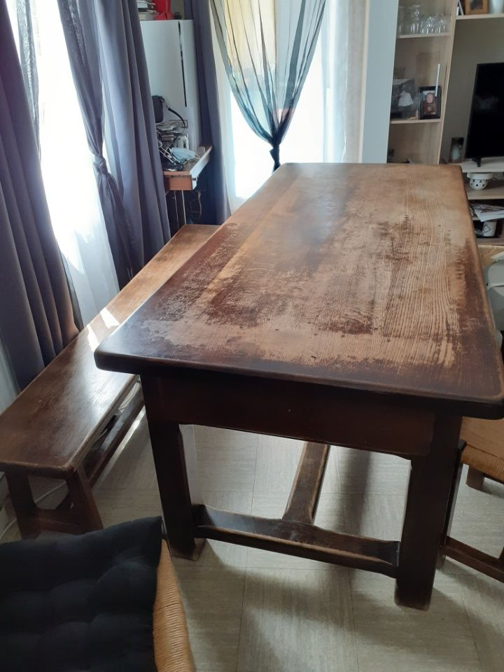 table +4 chaises +banc 300 Clermont-Ferrand (63)