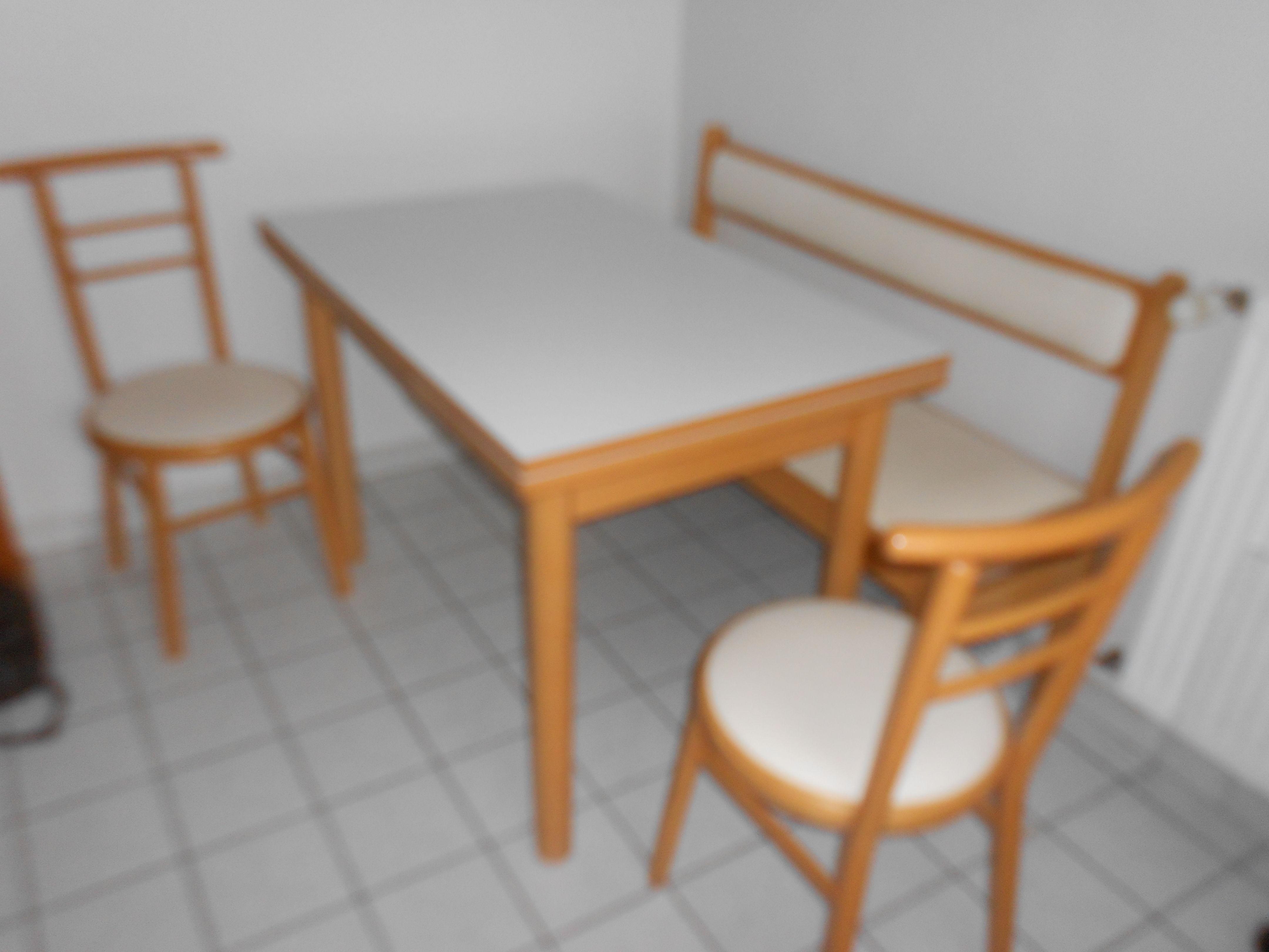 Achetez table chaises et occasion annonce vente thouar sur loire 44 wb1 - Table et chaise occasion ...