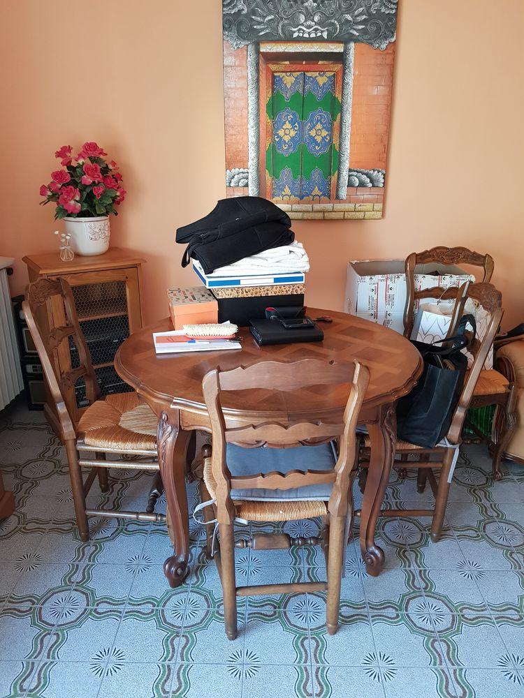 Table et 4 chaises bois 130 Bandol (83)