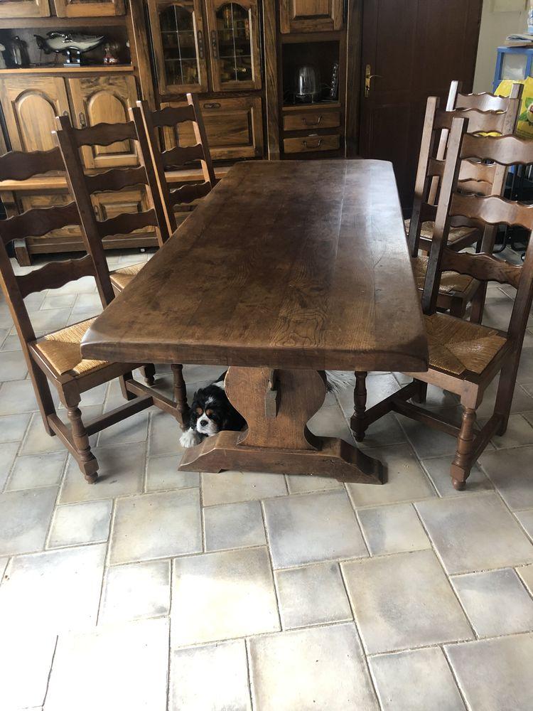table,6 chaises et buffet 1000 Boussy-Saint-Antoine (91)
