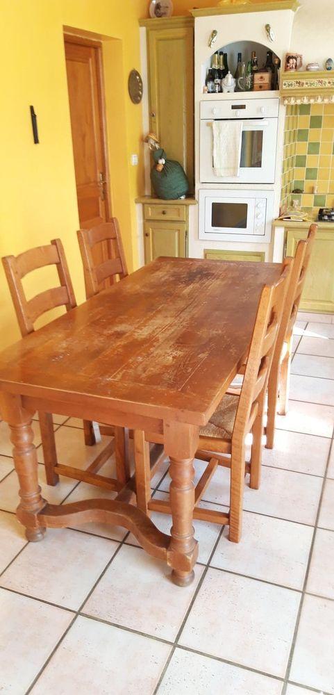 Table + chaises en chêne massif 0 Berre-l'Étang (13)