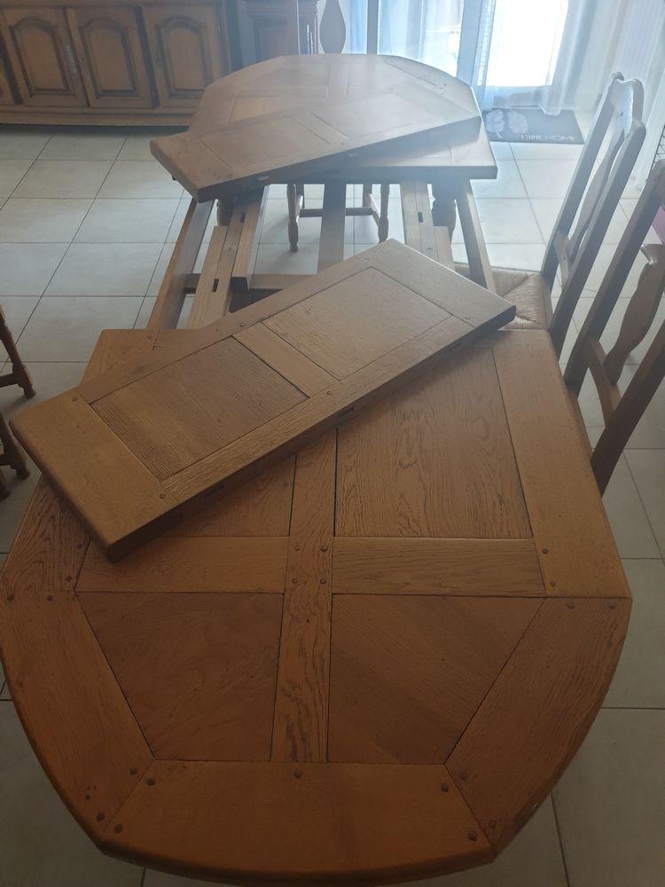 table+ 6 chaises en chêne massif 900 La Crau (83)