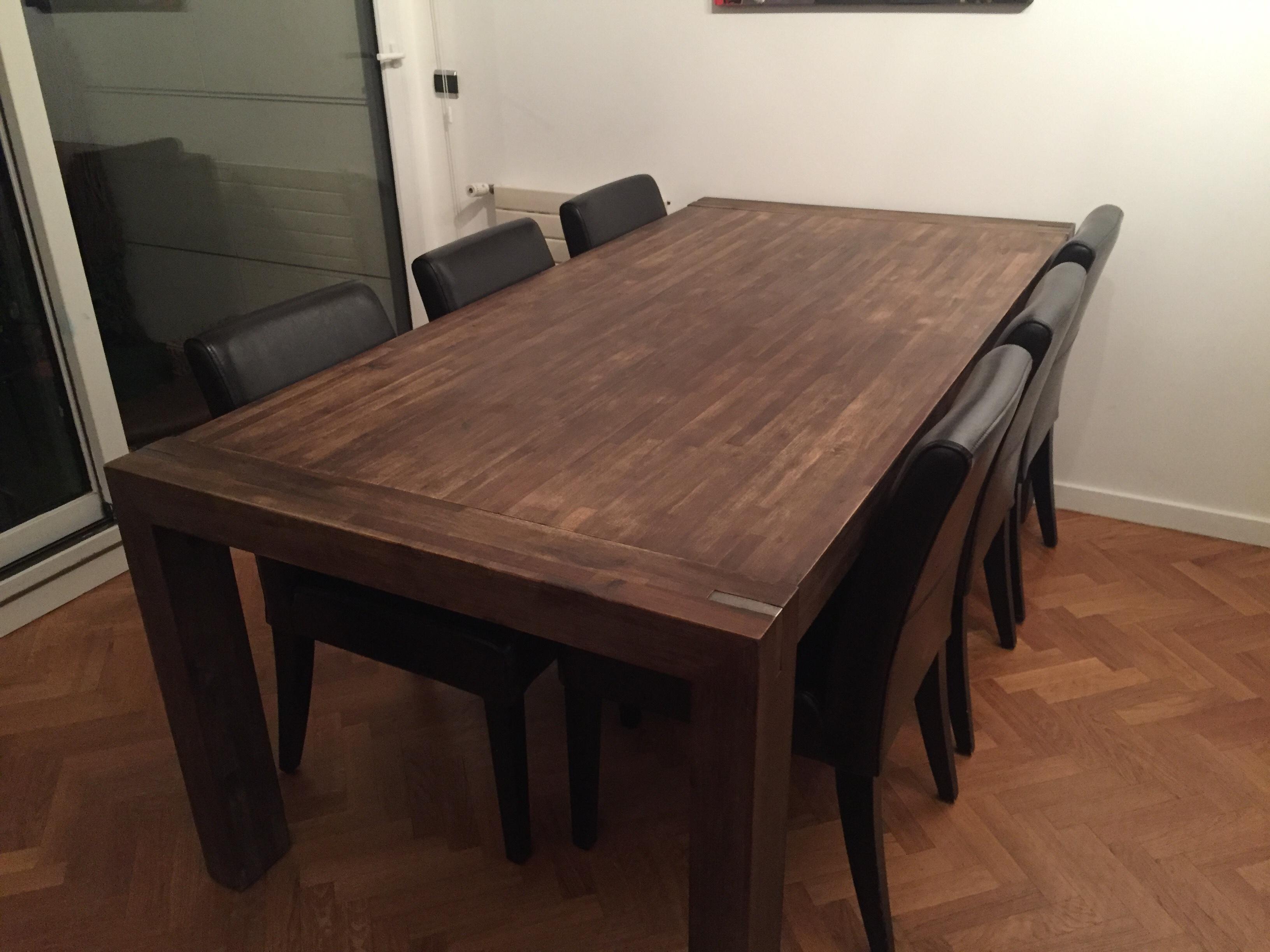 Table 8 Chaises Cuir Terranova Meubles