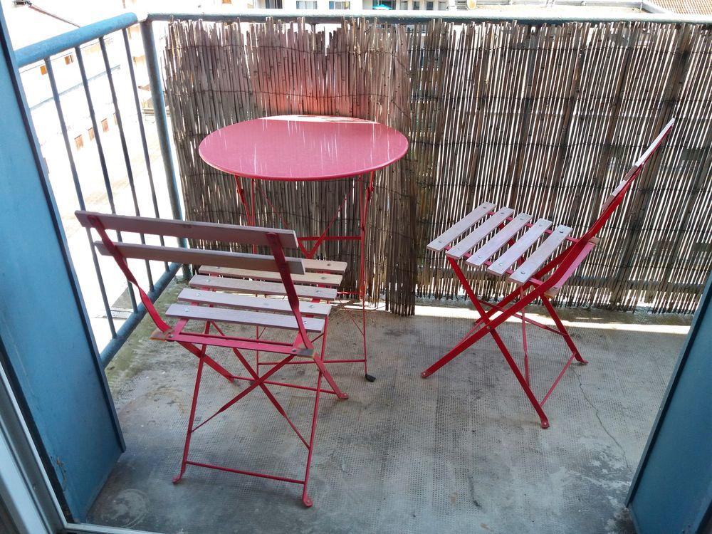 Table et chaises d'extérieur 25 Toulouse (31)