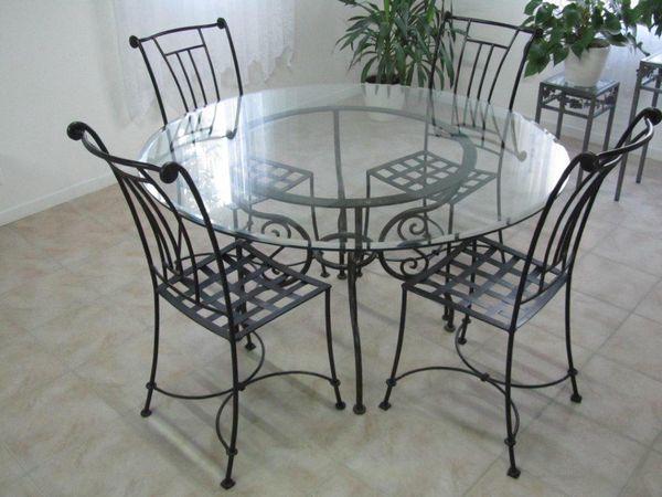 Achetez table et chaises en occasion annonce vente for Chaise longue fer forge occasion