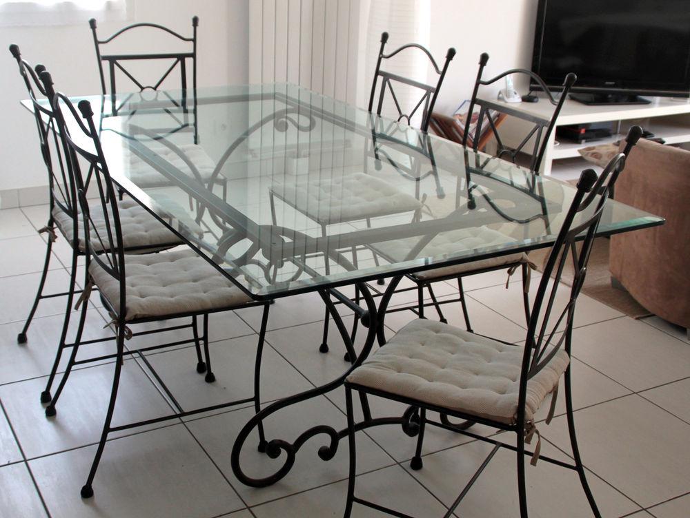 tables verre occasion s te 34 annonces achat et vente. Black Bedroom Furniture Sets. Home Design Ideas