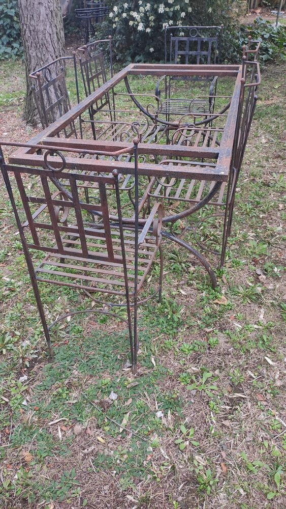 Table et 6 chaises en fer forgé 500 Lunel-Viel (34)