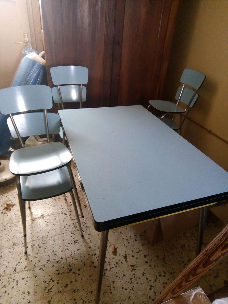 Table et chaises en formica 80 Messas (45)