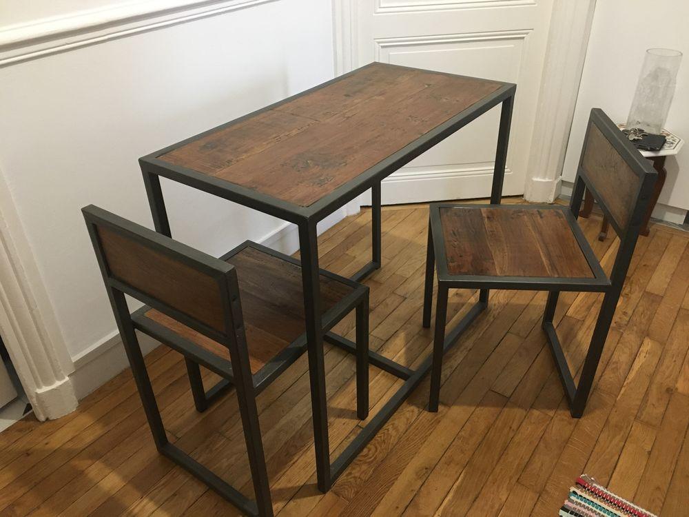 Table et 2 chaises palissandre et métal  340 Paris 17 (75)