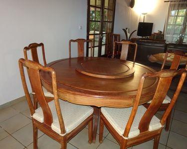 table et 6 chaises palissandre massif 800 Saint-Paul (97)
