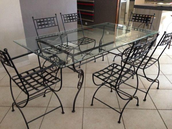 Table + 6 chaises + 1 rallonge fer forgé 300 Genas (69)