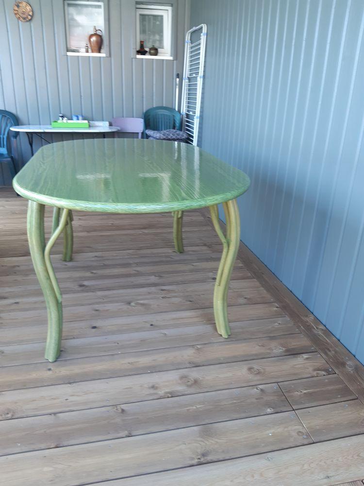 Table et chaises en rotin 1000 Quiberville (76)