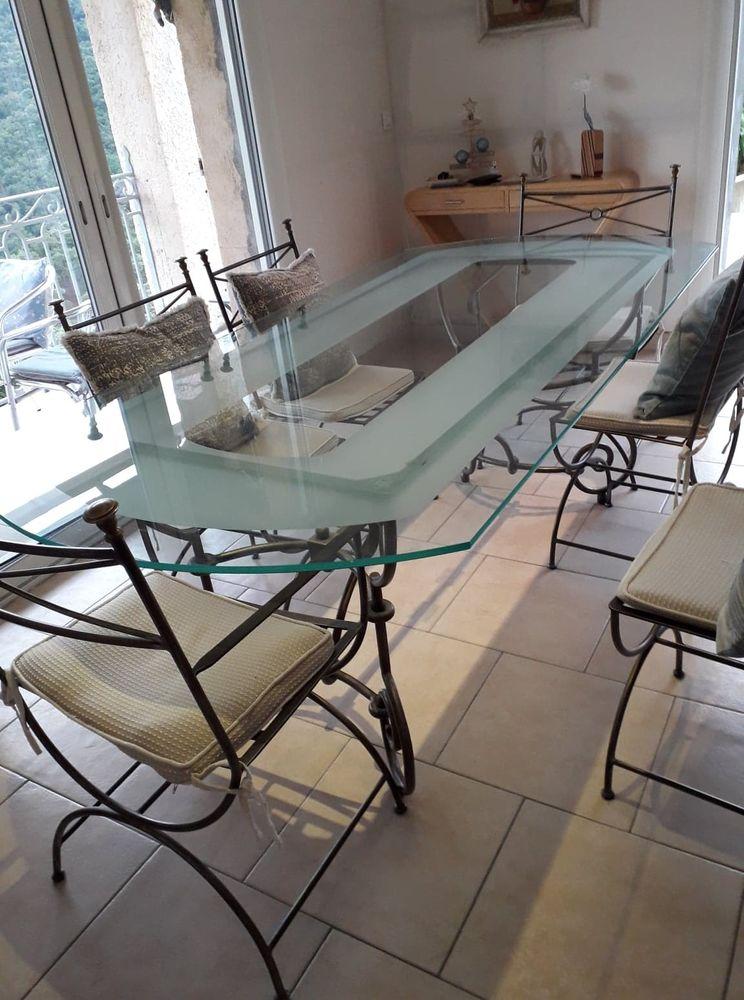 TABLE ET CHAISES SALLE A MANGER 0 Fréjus (83)