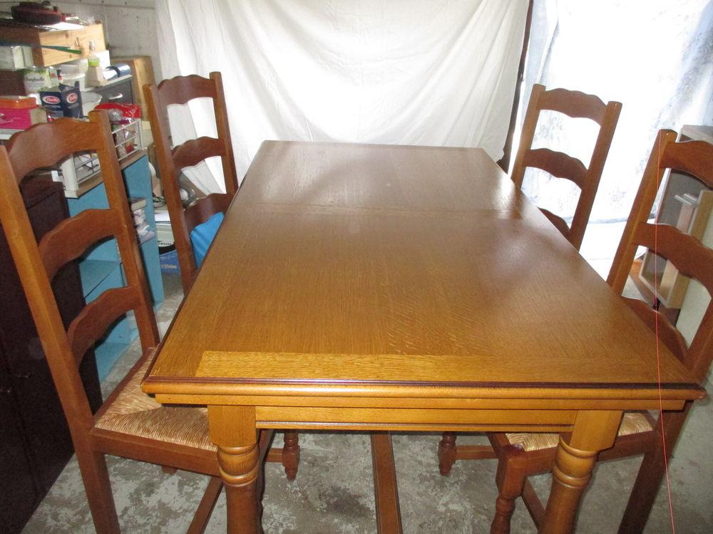 Table et chaises de salle à manger ou cuisine 0 Vélizy-Villacoublay (78)