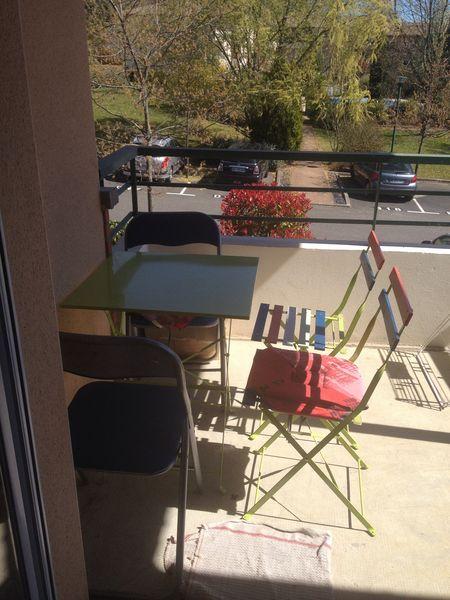 Achetez table 2 chaises occasion annonce vente for Chaise de terrasse occasion