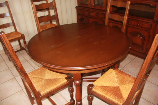 table et 6 chaises 140 Carling (57)
