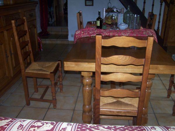 table+6 chaises 200 Dole (39)
